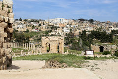The Roman city of Gerasa and the modern Jerash Stock Photography