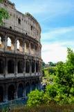 Roman Coliseum Under Blue Sky royalty-vrije stock foto's