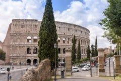 Roman ColiseumThe vieux Colosseum à Rome, les gladiateurs combattent Image libre de droits