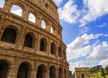 Roman Colosseum In en Sunny Day arkivbild