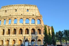 Roman Colosseum ou Coliseo em Roma, Itália Flavian Amphitheatre fotografia de stock royalty free