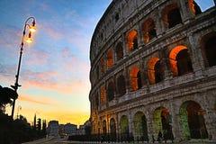 Roman Colosseum på dawnï¼ ŒRome arkivbild