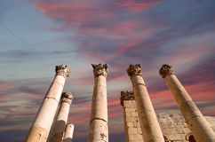 Roman Columns dedans dans la ville jordanienne de Jerash (Gerasa de l'antiquité), Jordanie Images libres de droits