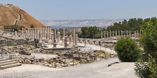 Roman Columns en Beit She 'un parque en Israel fotos de archivo libres de regalías