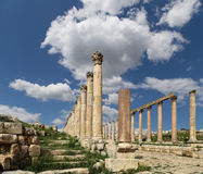 Roman Columns in the Jordanian city of Jerash (Gerasa of Antiquity), capital and largest city of Jerash Governorate, Jordan Stock Photo