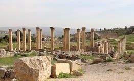 Roman Columns in the Jordanian city of Jerash (Gerasa of Antiquity), Jordan Stock Photos