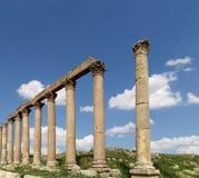 Roman Columns in the Jordanian city of Jerash, Jordan Stock Photo
