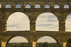 roman forntida pont för akveduktdu france gard Royaltyfri Foto