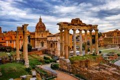 Roman Forum Architecture im Rom-Stadtzentrum stockfotos