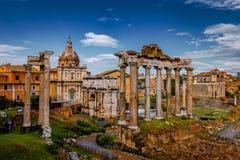 Roman Forum Architecture im Rom-Stadtzentrum lizenzfreie stockfotografie