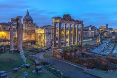 Roman Forum au crépuscule Photos stock