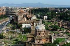 Roman Forum e o Colosseo, Roma Fotografia de Stock Royalty Free