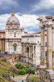 Roman Forum historisk mitt för Rome ` s, Italien arkivfoton
