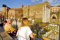 Roman Forum historisk mitt för Rome ` s, Italien Arkivbild