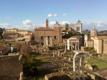 Roman Forum historisk plats, forntida rome, medeltida arkitektur, stad Royaltyfri Fotografi