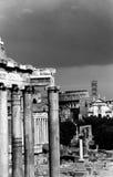 Roman Forum och Colosseumen i Rome Royaltyfria Bilder