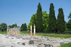 Roman Forum Ruins i Aquileia arkivfoto