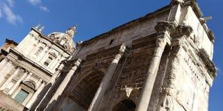 Roman Forum Ruins på Roma, Italien arkivfoton