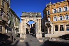 Roman Gate d'or dans le Pula, Croatie Photographie stock libre de droits