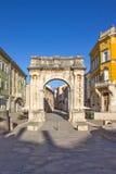 Roman Gate dorato in Pola, Croazia Fotografie Stock Libere da Diritti