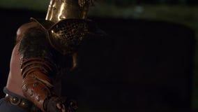Roman Gladiator Mirmillo Versus Hoplomacus arkivfilmer