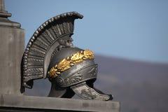 Roman Helmet antiguo Monumento la batalla de Kulm Imagen de archivo libre de regalías