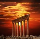 Roman kolommen in Heliopolis, Baalbeck, Libanon Royalty-vrije Stock Foto's