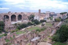 Roman ruïnes op een mooie dag Stock Foto