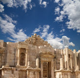 Roman ruins in the Jordanian city of Jerash (Gerasa of Antiquity), Jordan Stock Photos