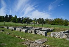 Roman Ruins på det Chesters fortet på den Hadrians väggen Royaltyfri Fotografi