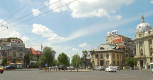 Roman Square (Piata Romana) i Bucharest lager videofilmer