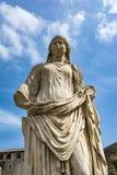 Roman standbeeld bij Huis van Vestals in Roman Forum, Rome, Italië Royalty-vrije Stock Foto