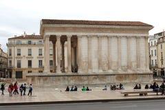 Roman Temple Maison Carrée, Nîmes, França Fotografia de Stock Royalty Free