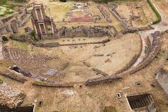 Roman Theater antigo em Volterra, Toscânia, Itália Fotografia de Stock