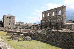 Roman Theater av Aosta royaltyfri fotografi