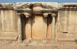 Roman theater dat dichtbij het overzeese detail wordt gebouwd Stock Afbeelding