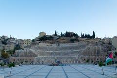 Roman Theatre à Amman au coucher du soleil Photos libres de droits