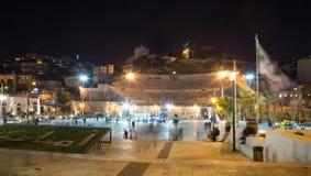 Roman Theatre à Amman (la nuit), Jordanie Photo stock