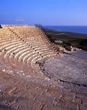 roman theatre för cyprus grecokourion Royaltyfri Foto