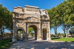 Roman Triumphal Arch av apelsinen Royaltyfri Foto
