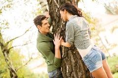 Romance в парке Стоковые Изображения