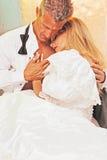 Romance de mariée et de marié Photo libre de droits