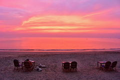 Romance em uma praia imagem de stock royalty free