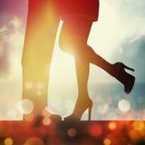 Romance en puesta del sol Imágenes de archivo libres de regalías