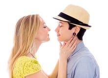 romancing女同性恋的夫妇 库存照片