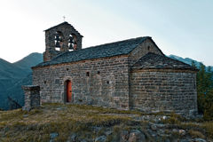 Romanesquekirche von Sant Quirc de Durro, Spanien Lizenzfreie Stockfotos