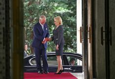 ROMANIAN PM WELCOMES CHARLES PRINCE OF WALES AT VICTORIA PALACE Stock Photos