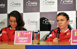Romanian tennis player Simona Halep and Monica Niculescu during Stock Photography