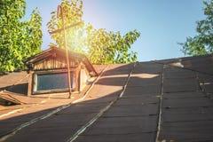 Romanian tradicional do telhado da casa Imagem de Stock