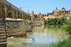 Romano Bridge Cordoba arkivfoto